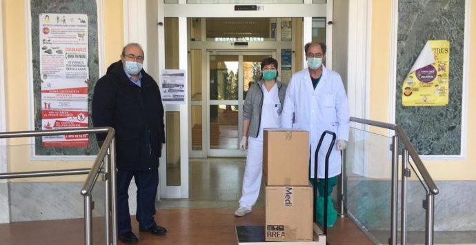 Coronavirus, Confindustria dona un ventilatore polmonare al Gom