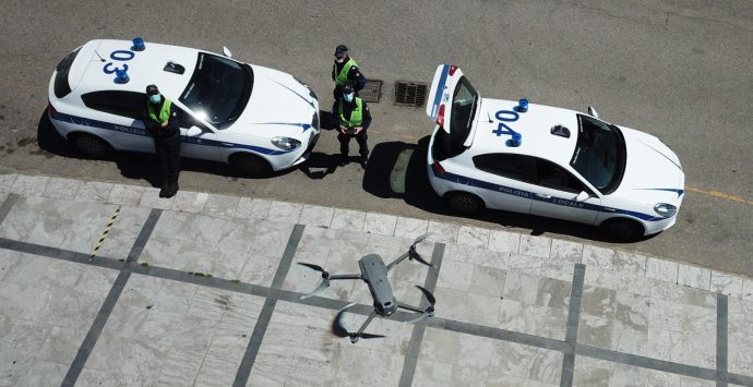 Reggio Calabria, 25 aprile di lavoro per la Polizia Locale. In corso controlli anti-assembramenti