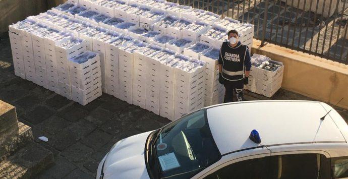 Villa San Giovanni, la Guardia Costiera sequestra 3 tonnellate e mezzo di novellame