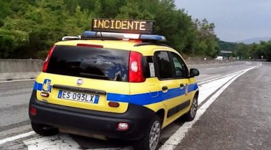 Incidente sull'A2 fra Catona e Campo Calabro, coinvolto un furgone