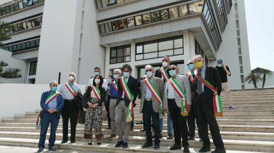 Caos rifiuti, sindaci metropolitani in protesta a Palazzo Campanella