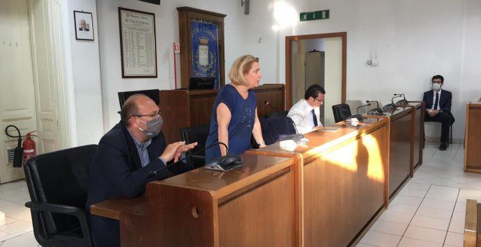 Rifiuti, per i sindaci della Locride 30 giorni di tempo per trovare un nuovo sito