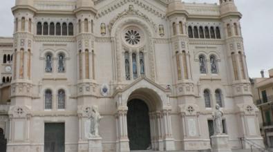 La richiesta di pizzo dentro il Duomo di Reggio e l'incontro con il capo famiglia