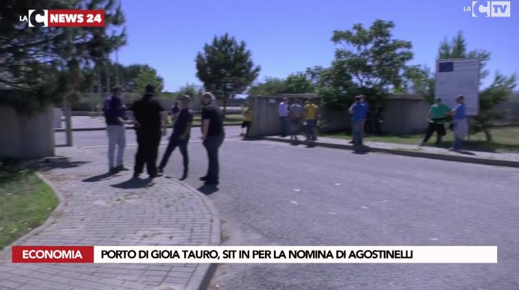 Gioia Tauro, sit-in dei portuali a favore della nomina di Agostinelli