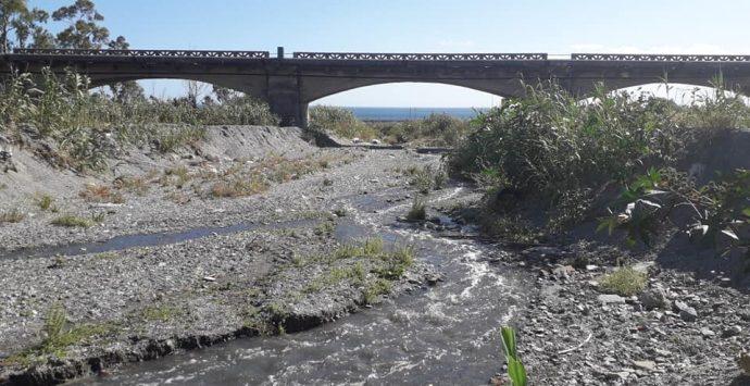 Odori nauseabondi e liquami dal depuratore, petizione dei cittadini di Melito e Montebello Jonico