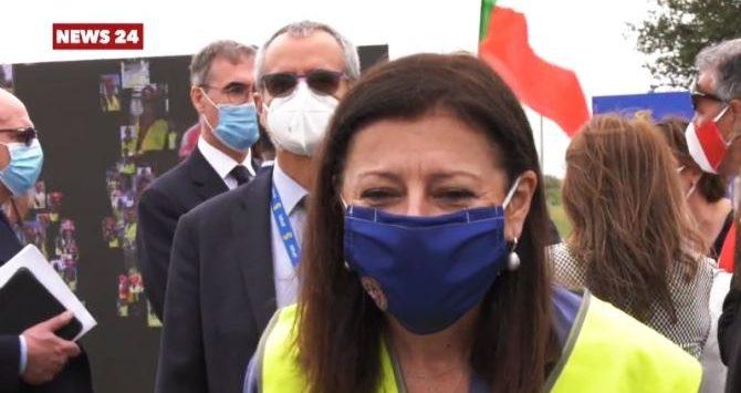 Ponte sullo Stretto, De Micheli: «Con risorse Ue sì ad una fase di studio»