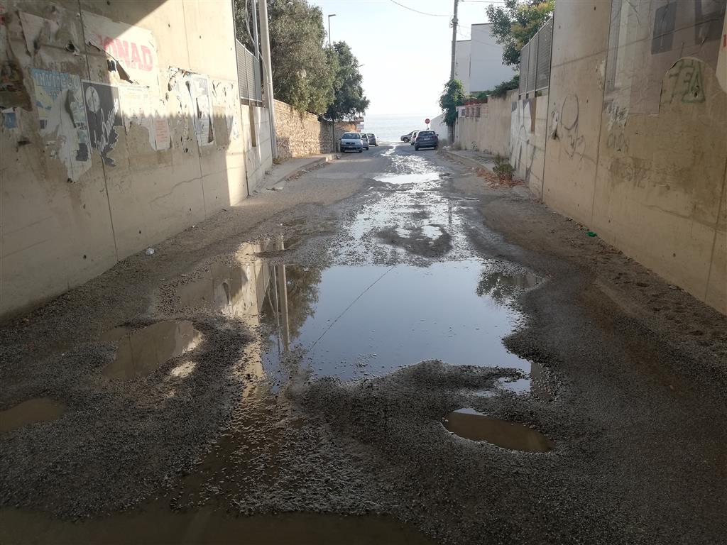 Lazzaro, Crea: «Liquami fognari alla foce del torrente Catrica»