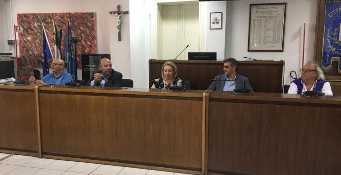 Rifiuti nella Locride, i sindaci cercano l'appoggio di Prefetto e Regione