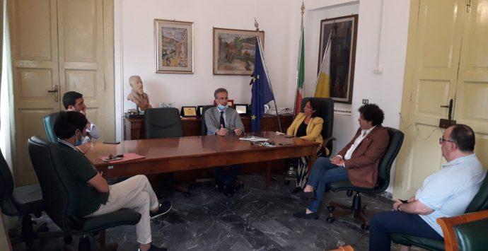 Villa San Giovanni, confronto Richichi-Tramontana in municipio
