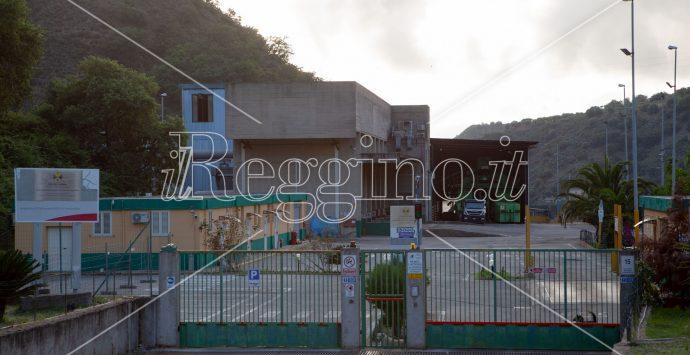 Ecoballe a Sambatello, una bomba ecologica che minaccia una città intera