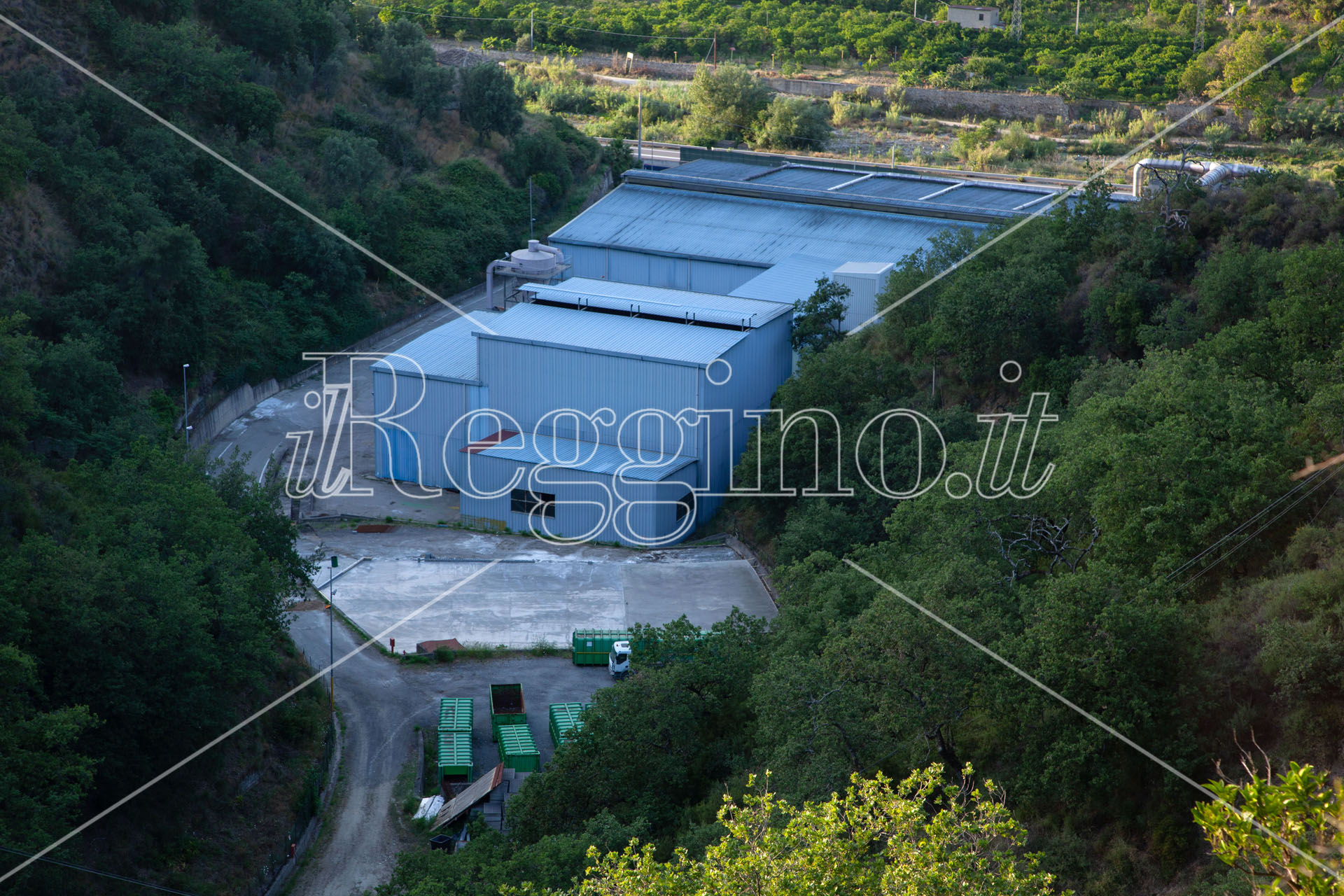 Rifiuti a Sambatello, il caso delle ecoballe approda alla procura di Reggio Calabria