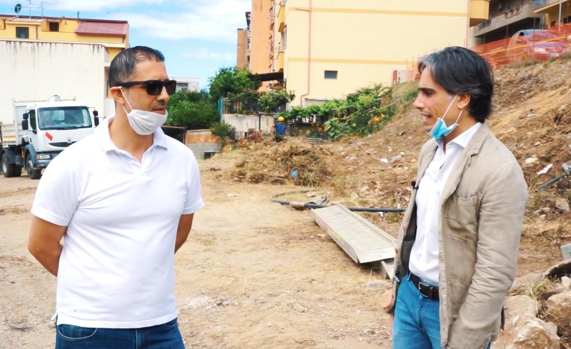 Reggio Calabria, Falcomatà: «Partono i lavori per la strada ed il campetto a San Sperato»