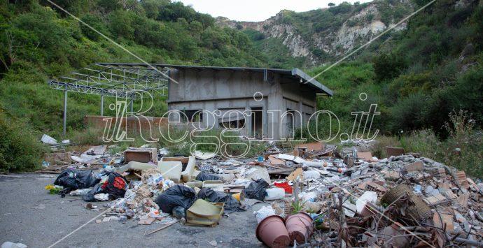 Saracinò, 30mila metri cubi di rifiuti sepolti nella Vallata del Gallico