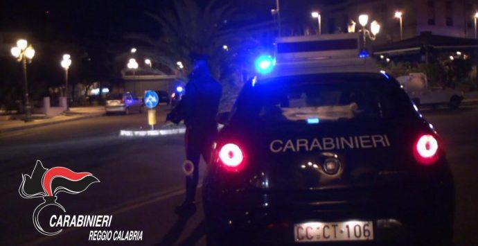 Bagnara Calabra, rissa per futili motivi. I carabinieri denunciano tre persone