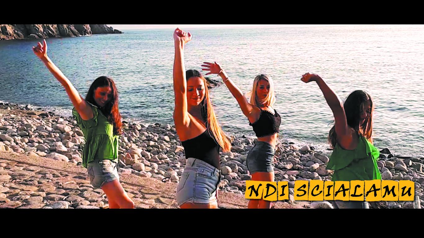 """Palmi, """"Ndi Scialamu"""": il nuovo singolo della band """"Ragainerba"""" disponibile online"""