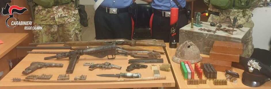 Reggio Calabria, trovato arsenale bellico e munizioni. Arrestati madre e figlio