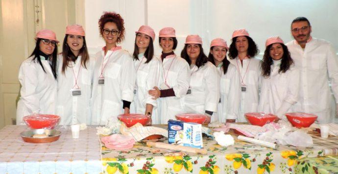Cinquefrondi, ritorna il laboratorio sul pane arabo