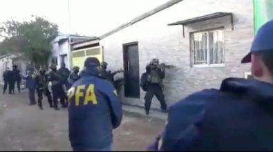 'Ndrangheta, arrestati sei latitanti fra Argentina, Costa Rica e Albania