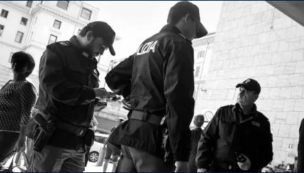 Calendario della polizia 2021: il ricavato sarà destinato al Comitato italiano per l'Unicef