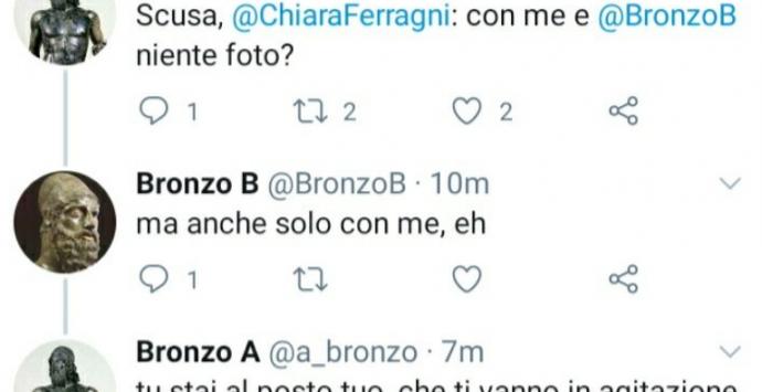 Su Twitter gli account parodia dei bronzi di Riace: «Chiara Ferragni, Reggio Calabria ti aspetta»