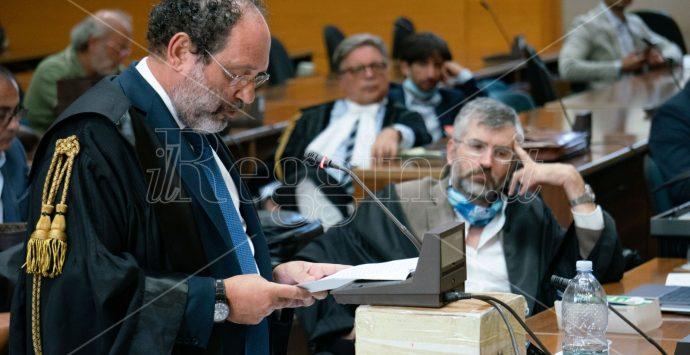 Stragi di mafia, Ingroia: «Responsabili e suggeritori invisibili ancora impuniti. C'è un sistema criminale unico»