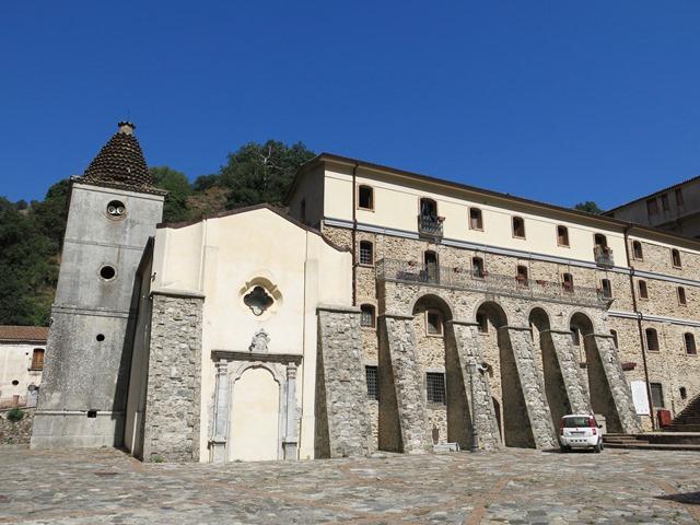 Salta anche la festa della Madonna di Polsi. Vescovo Oliva: «A nessuno è vietato accedere in forma privata al Santuario»