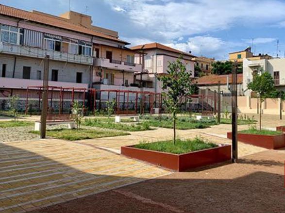 Reggio Calabria, oggi pomeriggio inaugurazione della piazza interna a Tremulini