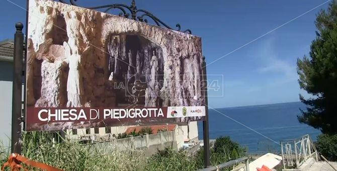 Turisti baresi positivi in gita a Pizzo: chiusi Castello e Piedigrotta