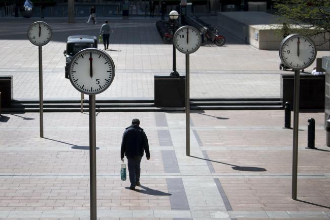 """""""Che giorno è oggi?"""" La percezione del tempo in un mondo in cui la pandemia ha fermato l'orologio"""