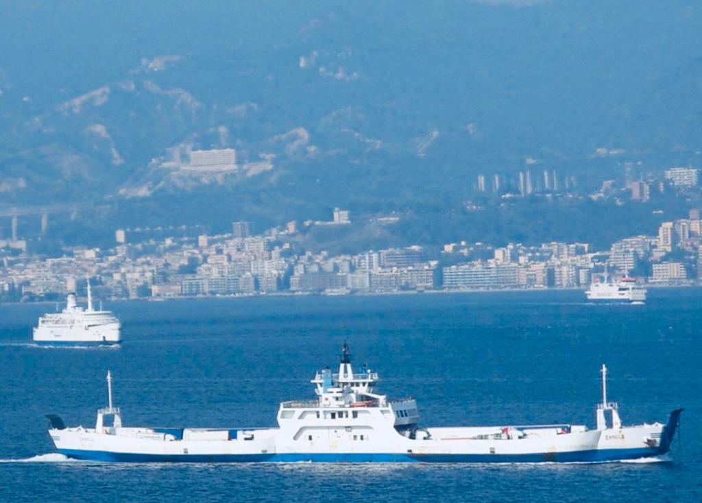 Trasporto sullo Stretto, collegamenti più veloci tra Reggio Calabria e Messina