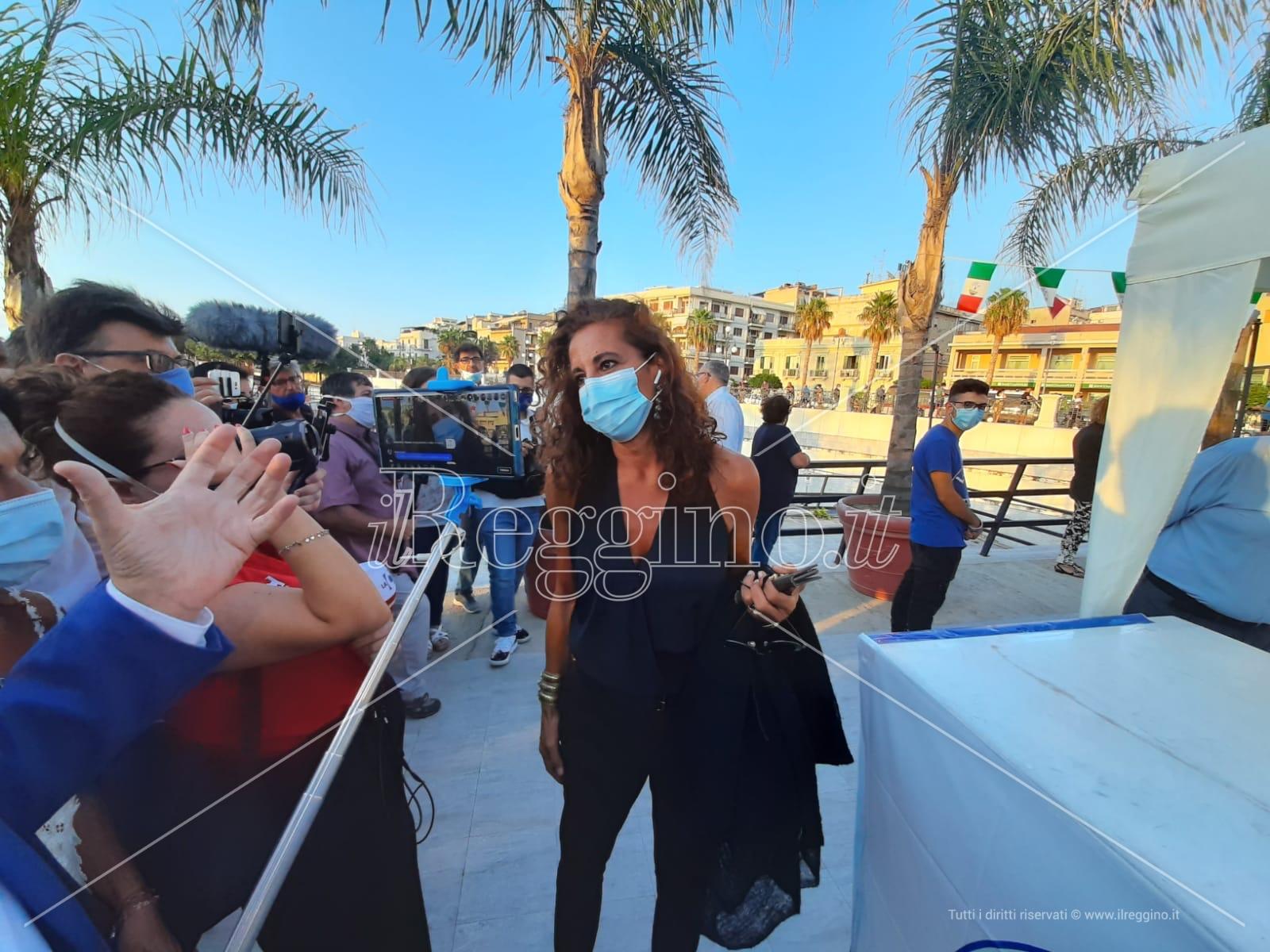 Wanda Ferro presenta interrogazione sulla sassaiola contro la polizia alla tendopoli di San Ferdinando
