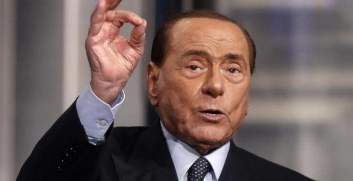 Elezioni Reggio Calabria, Berlusconi lancia Minicuci: «È uomo del fare. Il riscatto sarà il Ponte»
