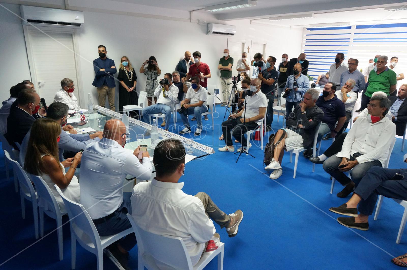 Dimissioni Costarella, il centrodestra: «Giustificazione peggio delle scuse»