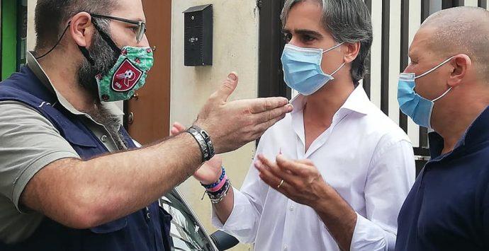 Elezioni Reggio Calabria, Falcomatà incontra i cittadini tra le vie di Sbarre