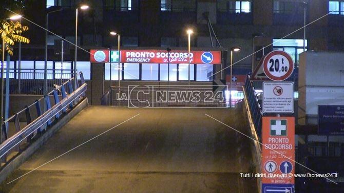 Coronavirus, da Milano in treno con febbre e polmonite: ricoverato all'ospedale di Cosenza