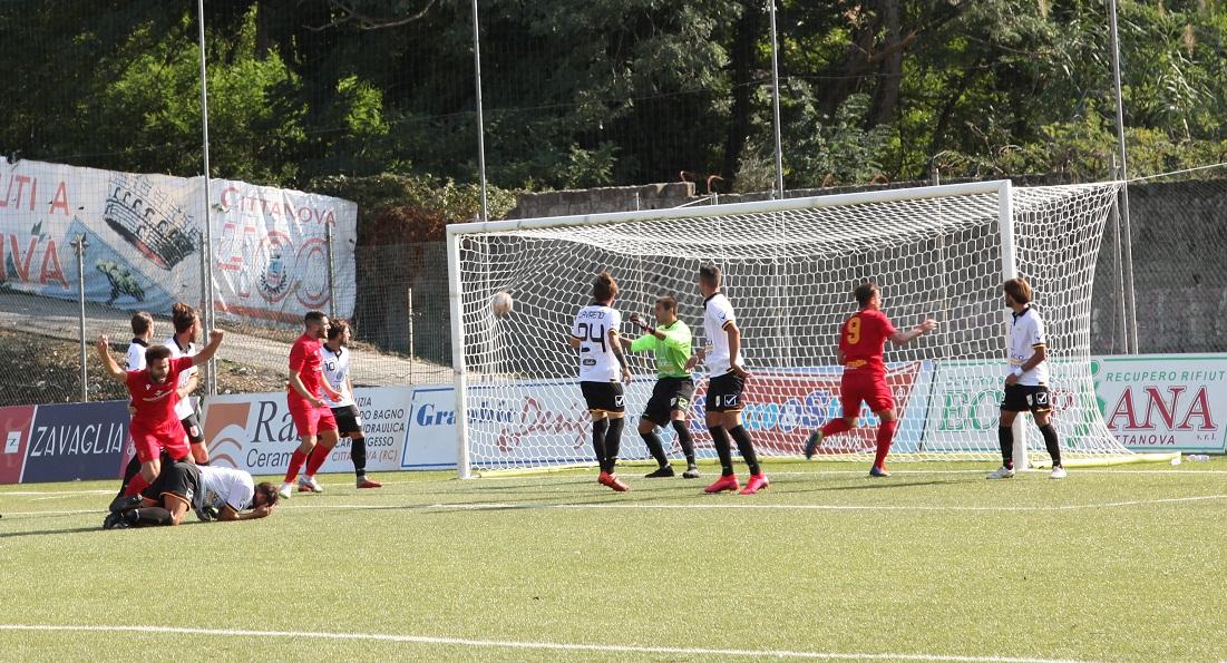 Calcio Serie D, Cittanova: un pari contro la corazzata Acr Messina. VIDEO
