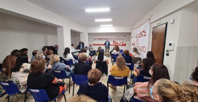 Scuola, il sindaco Falcomatà riceve una delegazione degli assistenti educativi