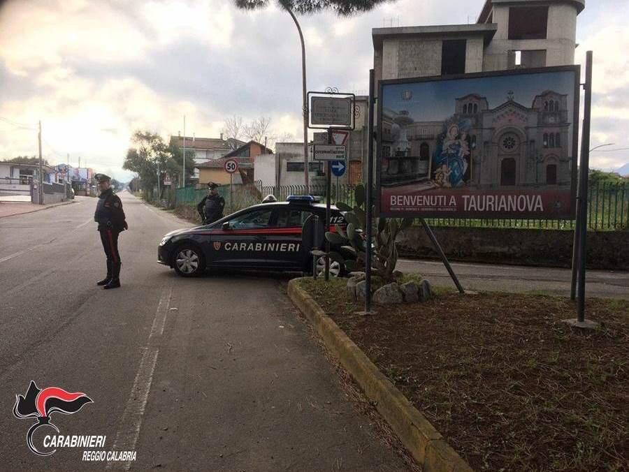 Taurianova, tenta il suicidio lanciandosi da un dirupo. Salvata dai carabinieri