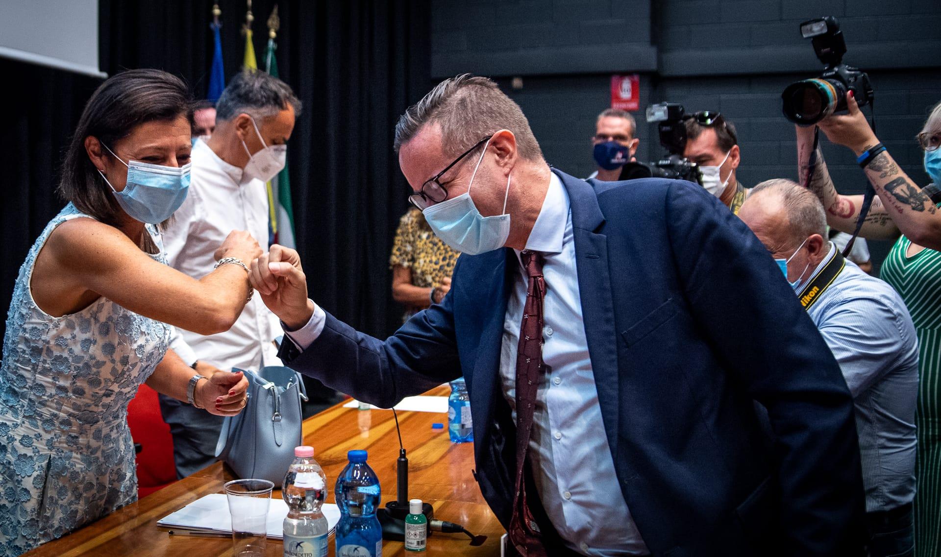 Elezioni Reggio, Klaus Davi sfida gli 'ndranghetisti: «Vi rompo il culo»