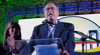 Elezioni Reggio Calabria, il centrodestra unito infiamma piazza Castello: «Rilanciamo la città»