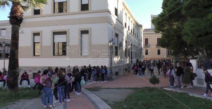 Reggio Calabria, scuola: tra distanziamenti e mascherine da oggi il ritorno in classe
