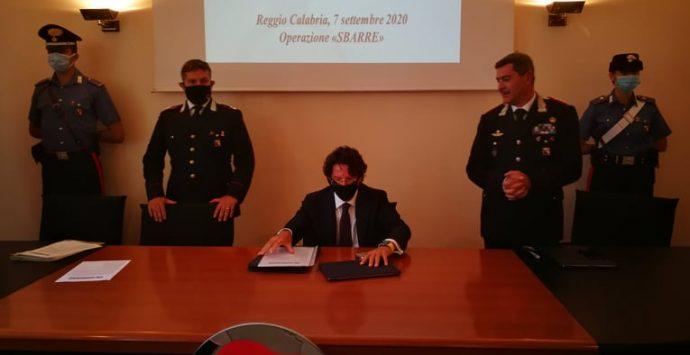 Reggio Calabria, sgominate due associazioni dedite al narcotraffico con base nel quartiere Sbarre. NOMI E DETTAGLI