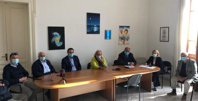 Coronavirus nella Locride, i sindaci: «Processare i tamponi in ospedale»