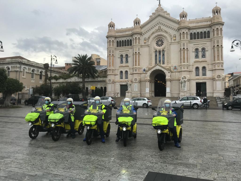 Poste Italiane, presentati a Reggio Calabria i tricicli elettrici