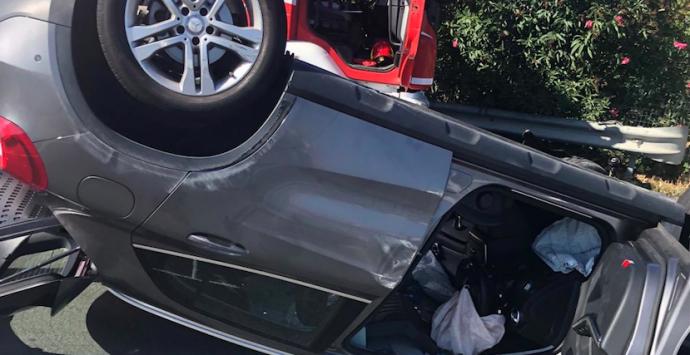 Melito Porto Salvo, incidente sulla SS 106: cinque feriti e strada chiusa al traffico