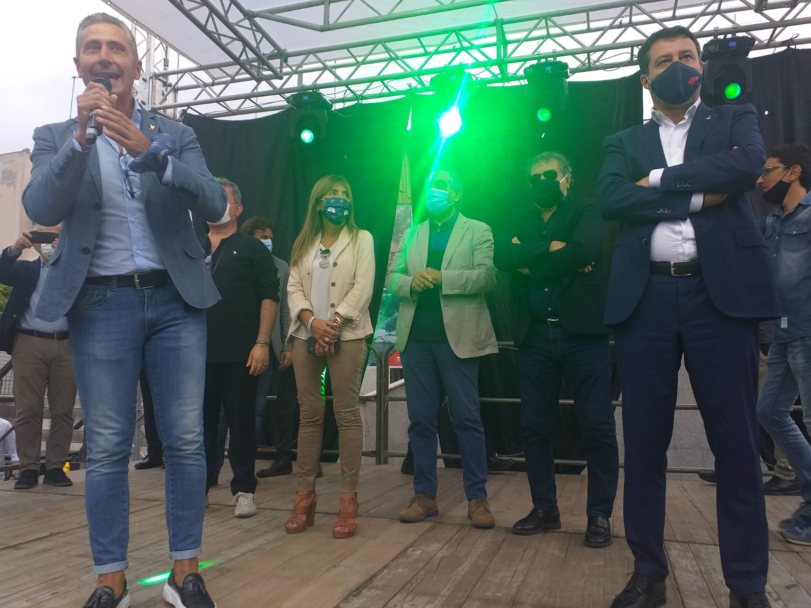 Salvini a Taurianova: festeggia Biasi e sfugge alle domande dei cronisti