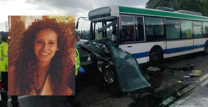 La Piana di Gioia Tauro piange Raffaella Cordì, morta a 22 anni in un incidente stradale
