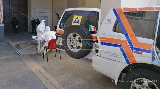 Coronavirus, Ugl-Sanità: «In Italia 52mila sanitari contagiati. Rischi anche in Calabria»
