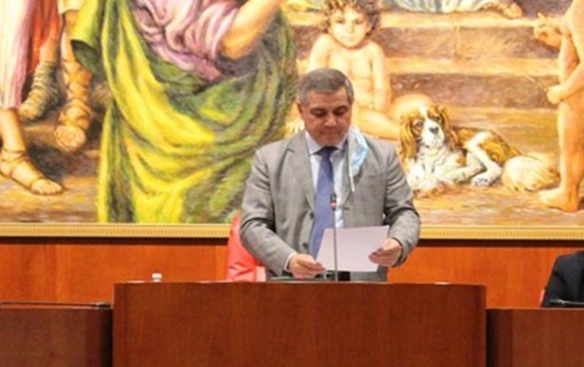 Consiglio regionale, Giovanni Arruzzolo è il nuovo presidente al posto di Mimmo Tallini