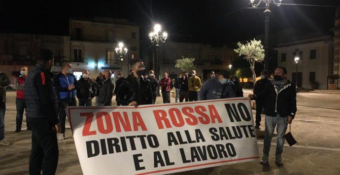 Bovalino, la rivolta dei cittadini: «No alla zona rossa»